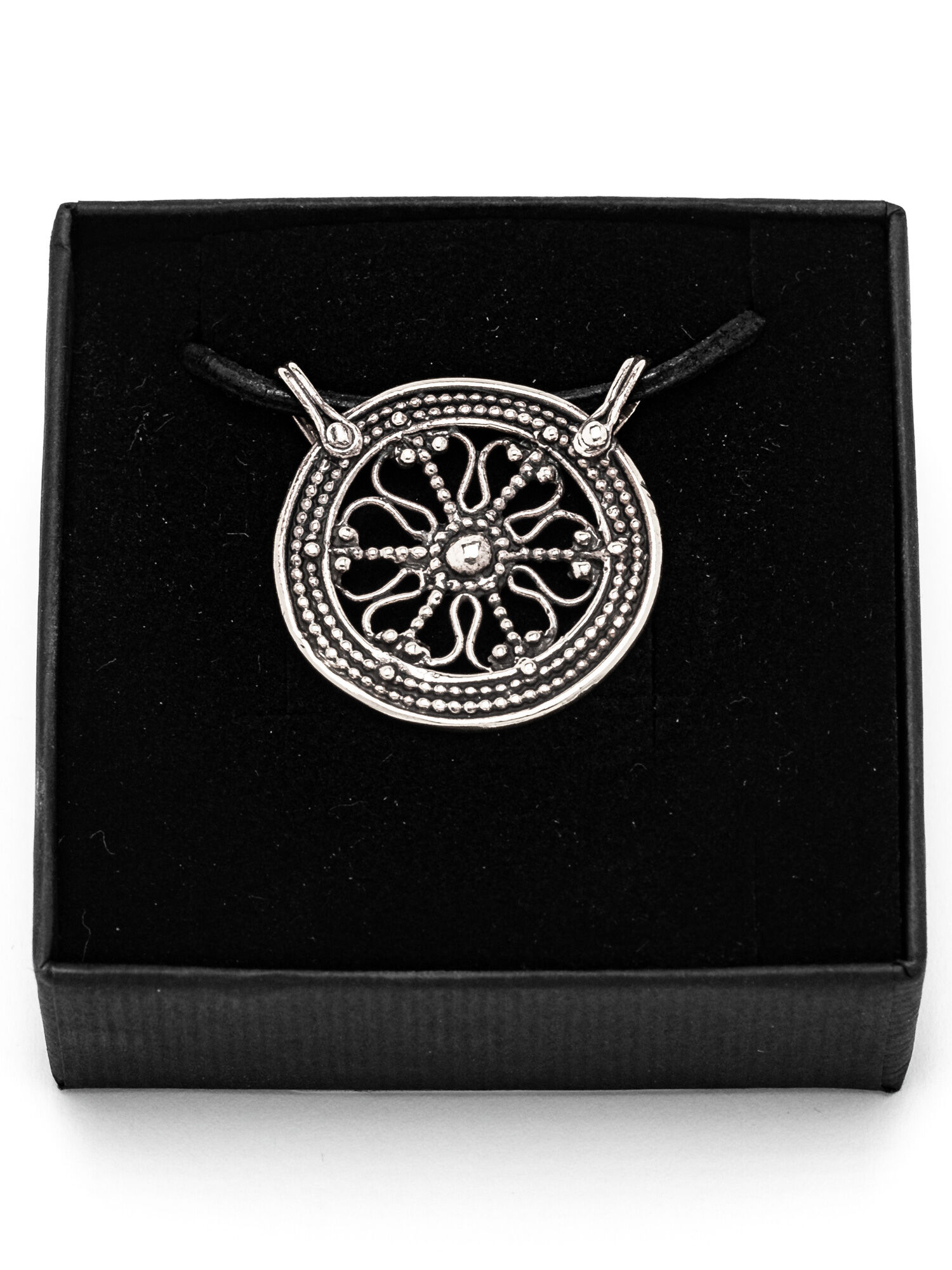 filigree pendant silver