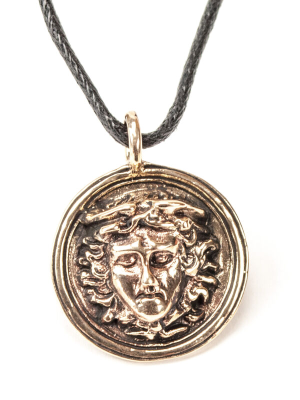 Pendant Medusa, Bronze, The Gorgons